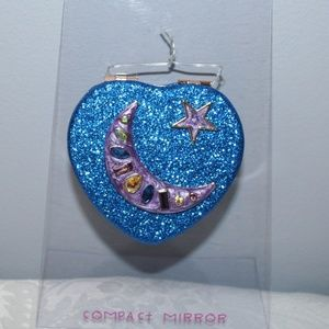 "BETSEY JOHNSON ""BLUE HEART""  COMPACT MIRROR"